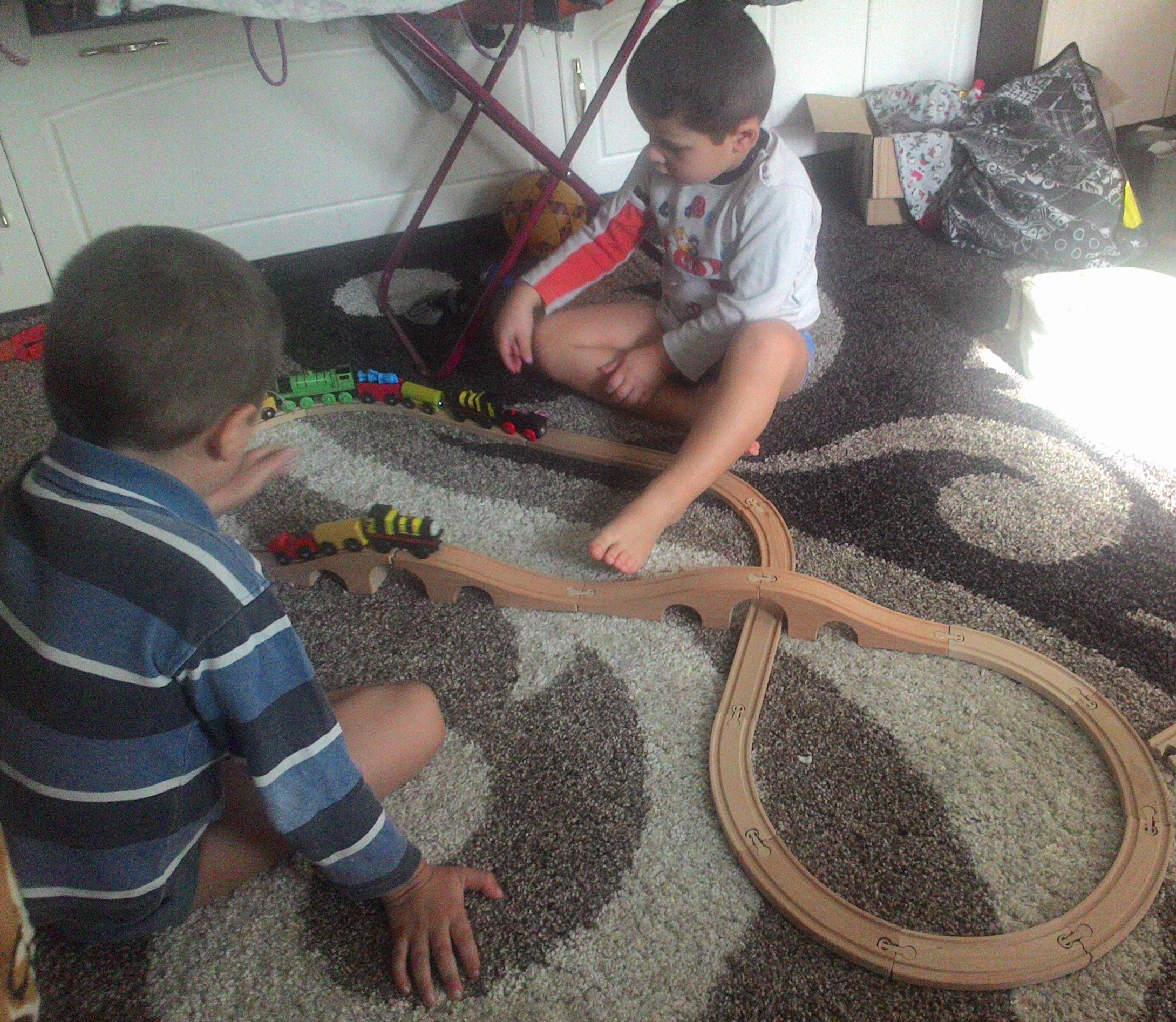 Маленькие машинисты. Время играть!