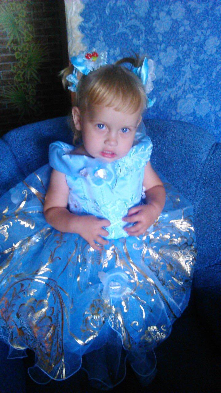 Элинка. Принцесса собирается на бал
