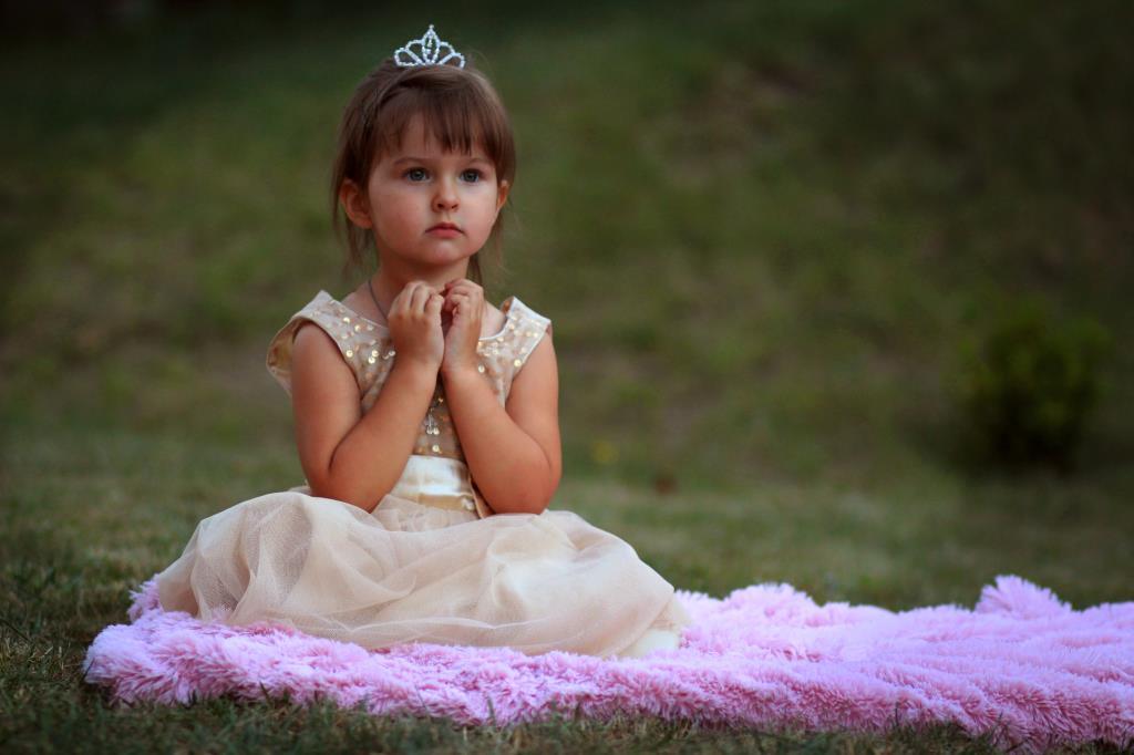 Доброе утро, Принцесса! . Принцесса собирается на бал