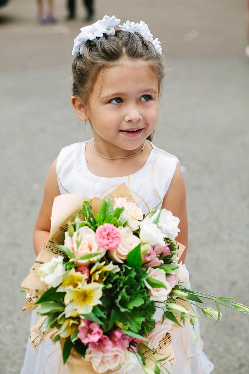 Подружка невесты:). Принцесса собирается на бал