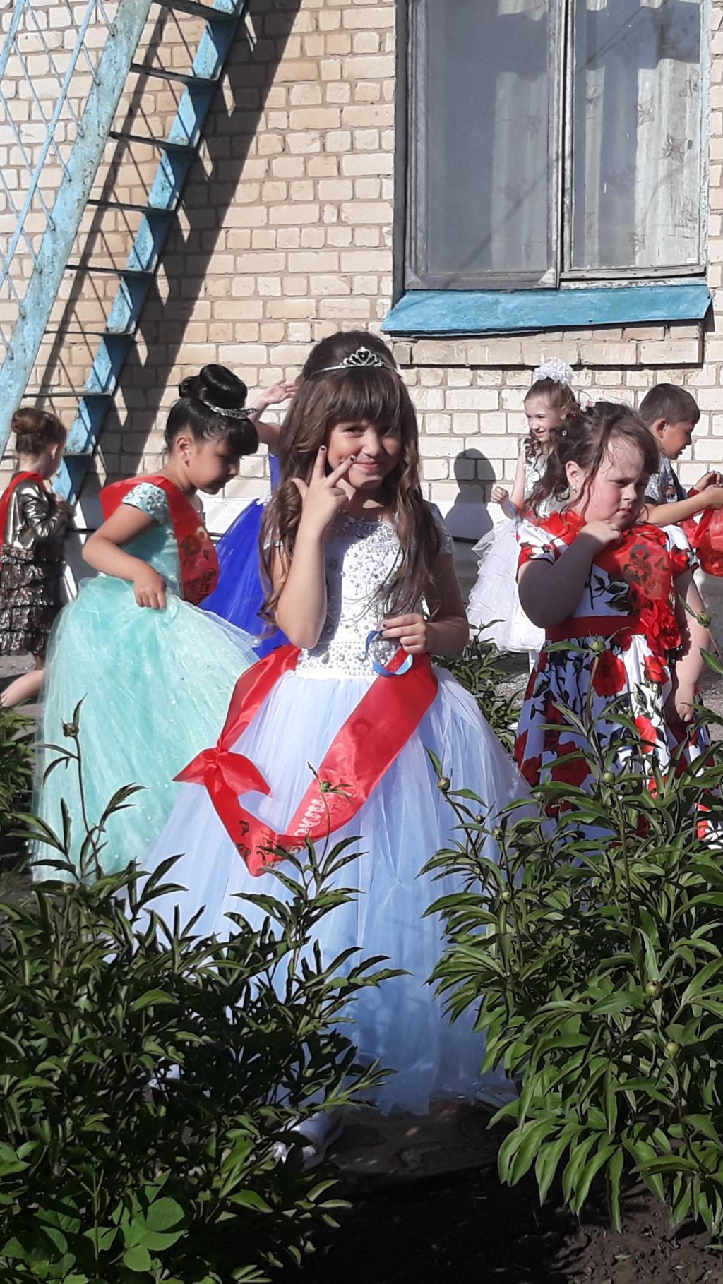 Принцесса собирается на бал.моя красотка. Принцесса собирается на бал