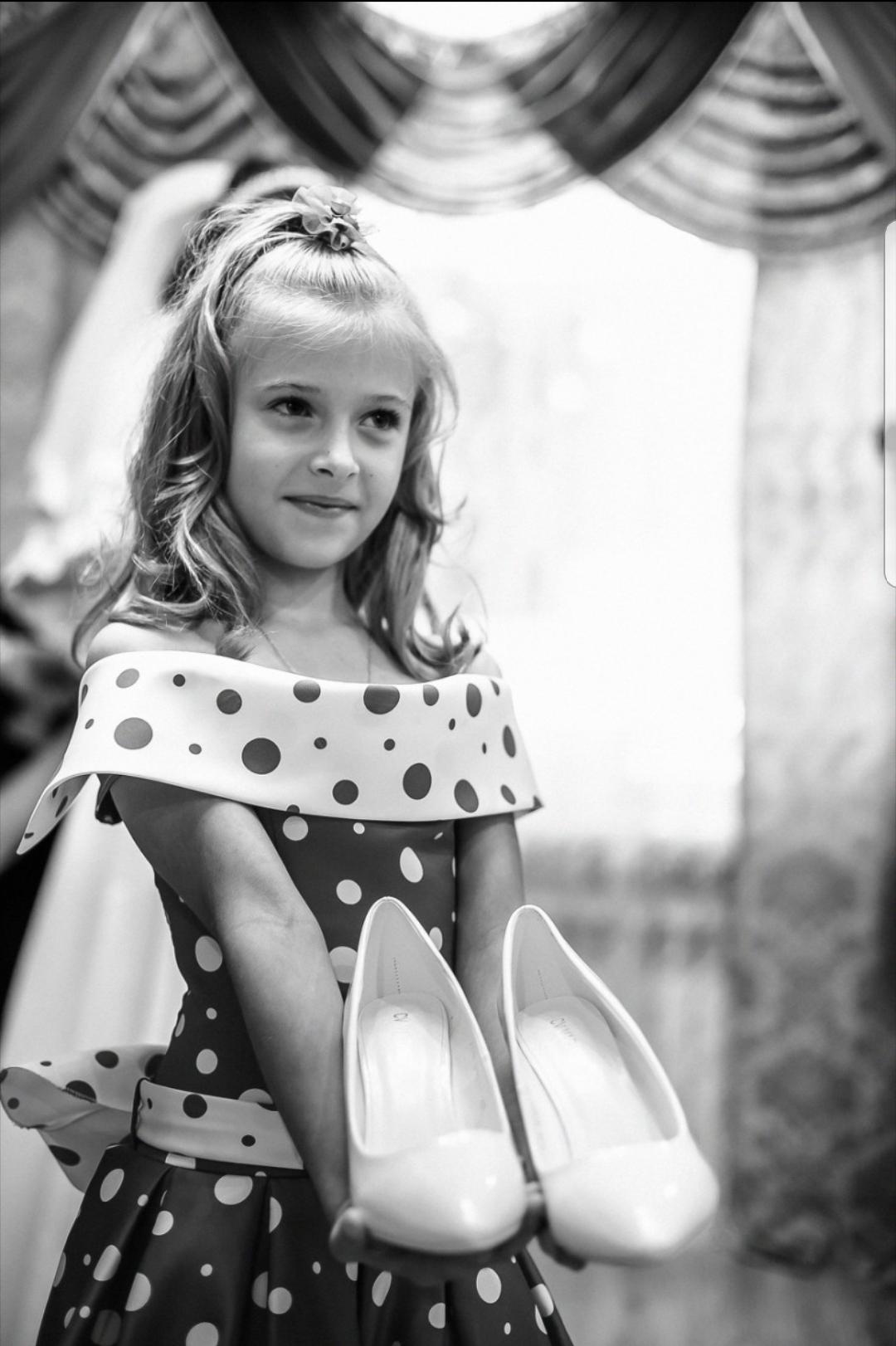Принцессе без туфелек никуда. Принцесса собирается на бал