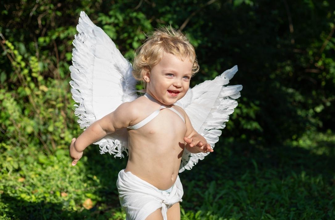 Улыбающийся ангел. Улыбка для мамы