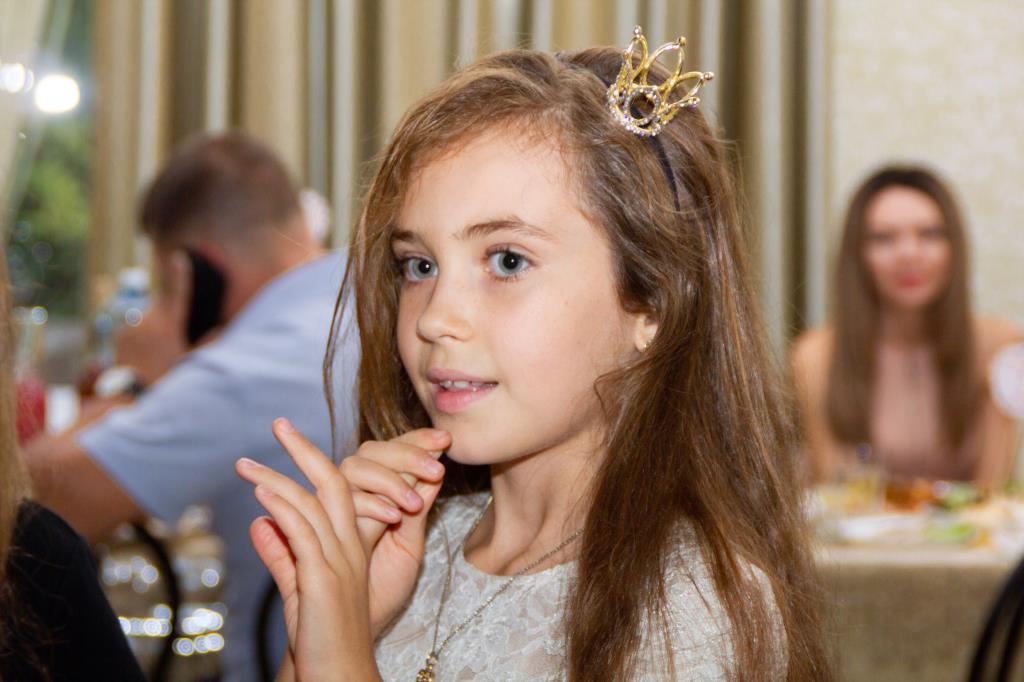 Золушка). Принцесса собирается на бал