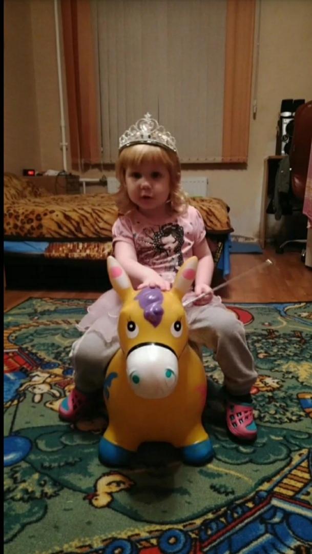Поездка на бал. Принцесса собирается на бал