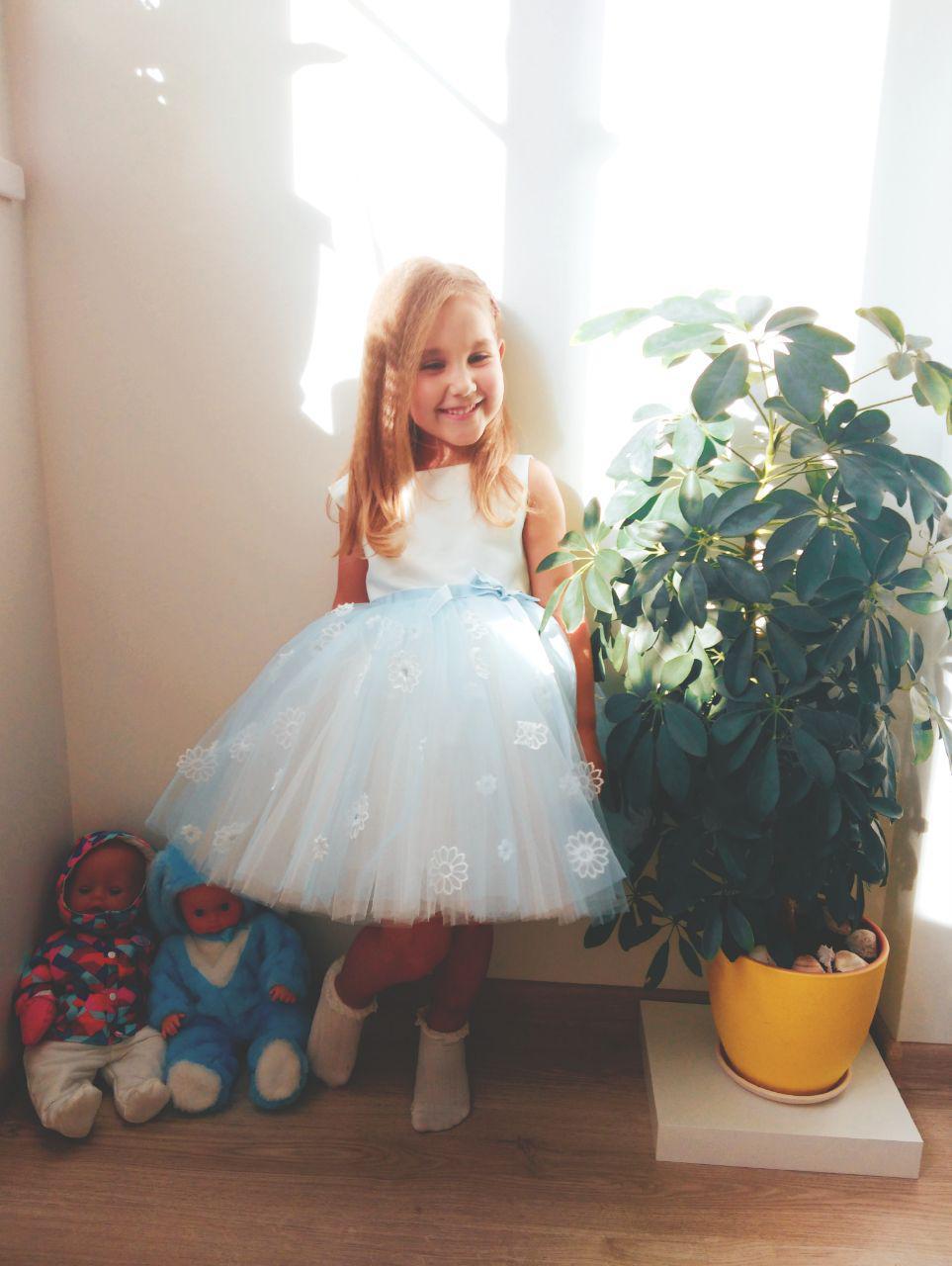 Для принцессы главное улыбка :). Принцесса собирается на бал