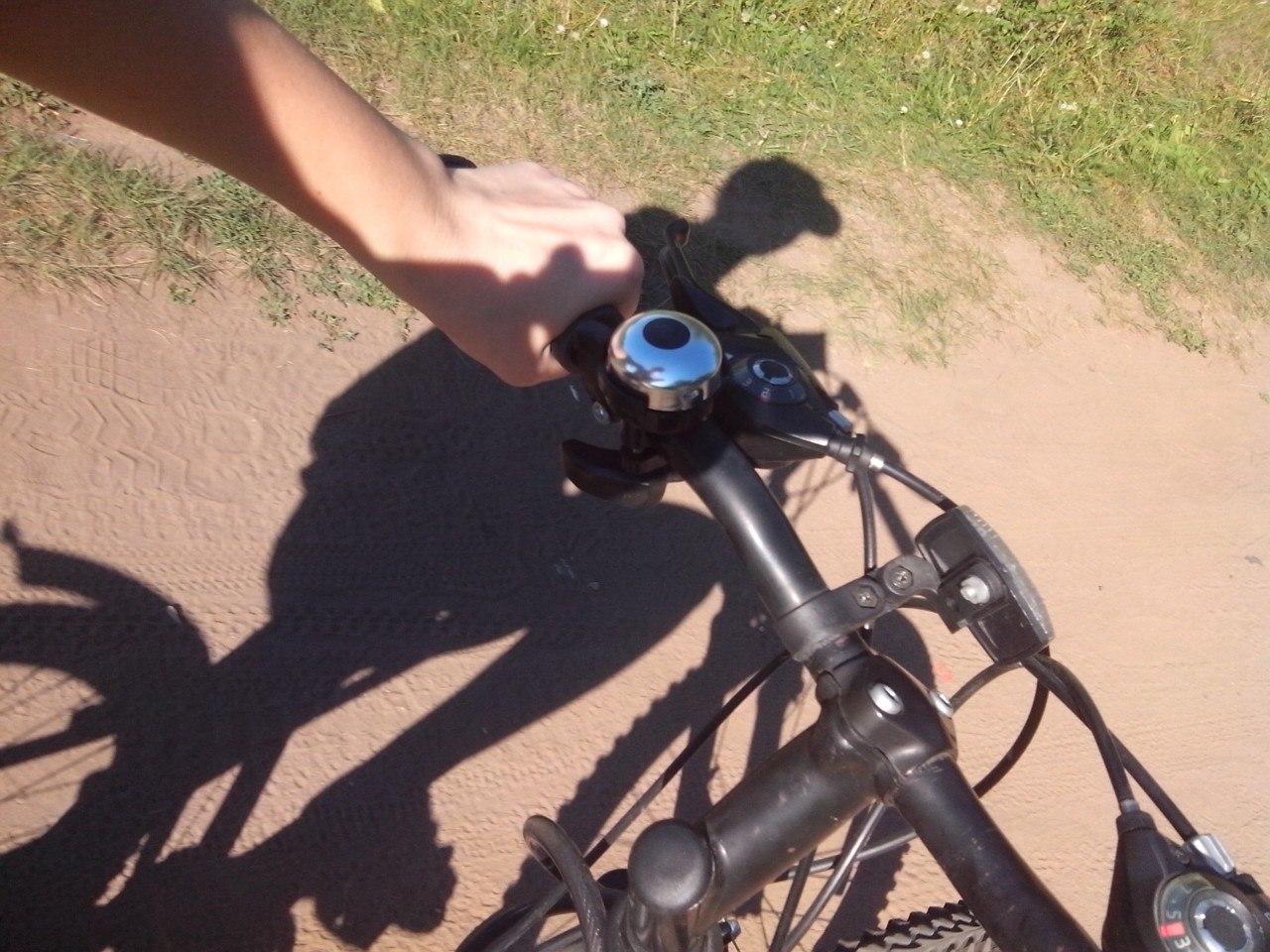 Велосипед-друг человека. Блиц: тени