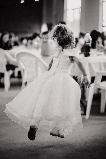 Как бы не опоздать.... Принцесса собирается на бал