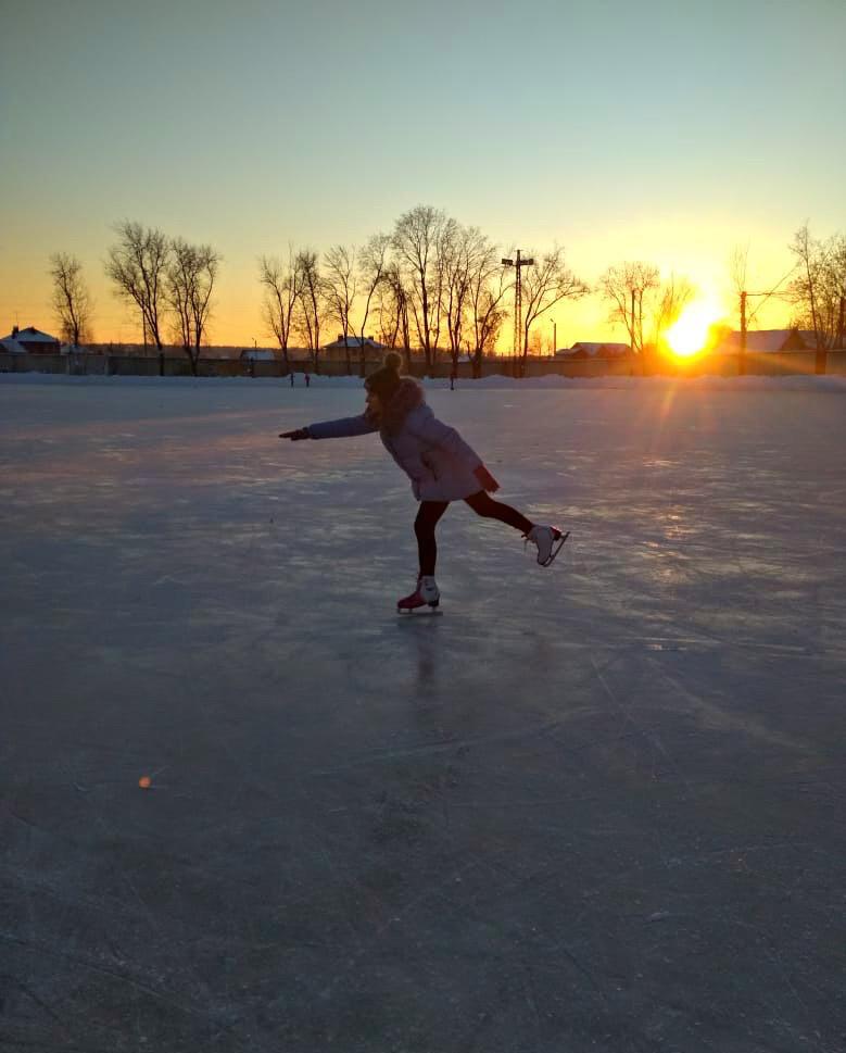 Дочка фигуристка. Веселая зима