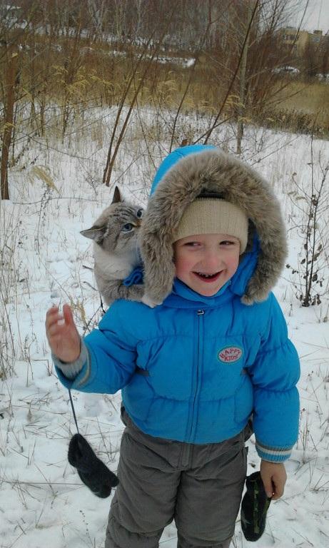 С другом веселее. Веселая зима