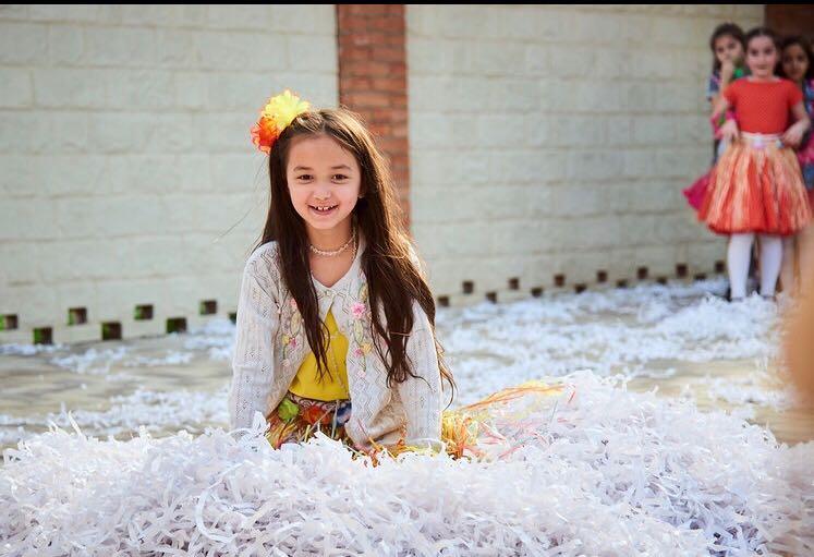Моя любимая доченька. Принцесса собирается на бал