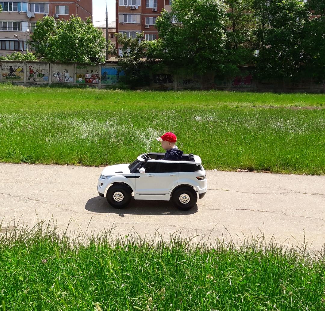 В первый раз на собственном автомобиле, весь мир в. Открываем мир!