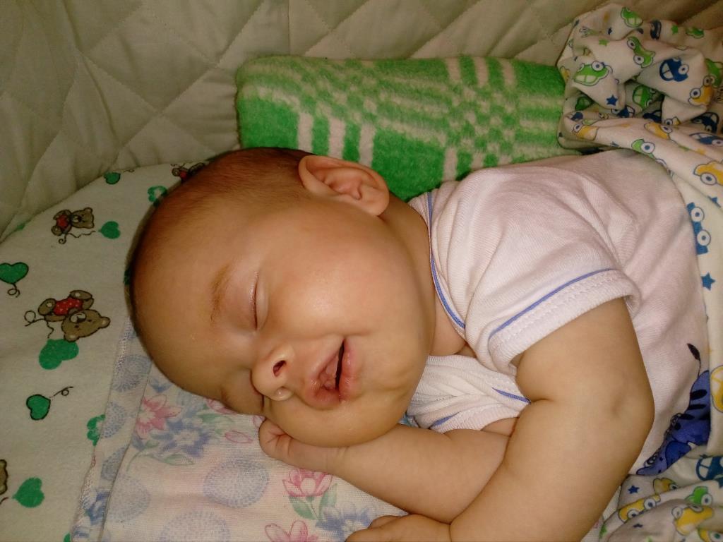 самый сладкий сон младенца. Спокойной ночи! Кто спит слаще всего?