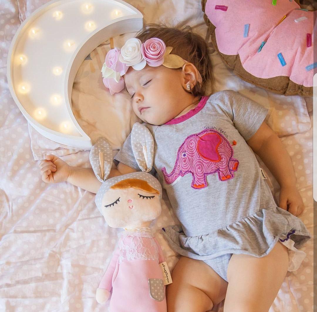 Спи моя радость усни. Розовые сны . Спокойной ночи! Кто спит слаще всего?