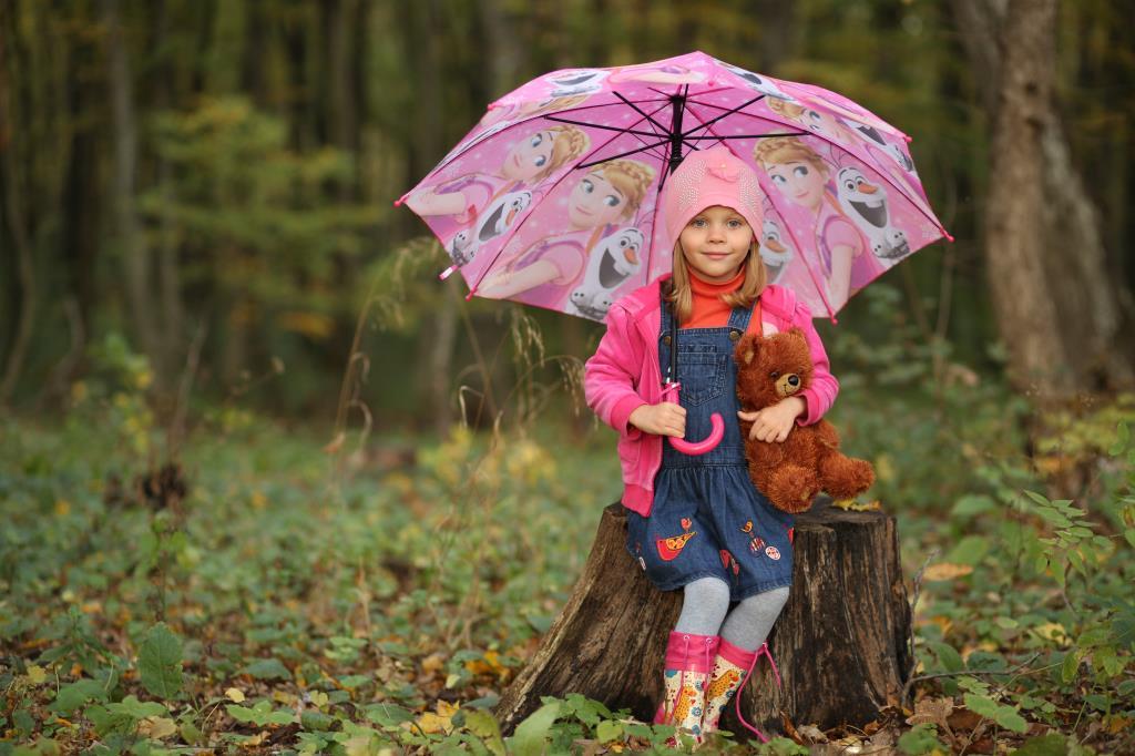В лесу с любимым мишкой. Время играть!