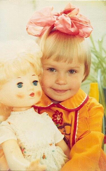 Две куколки. Время играть!