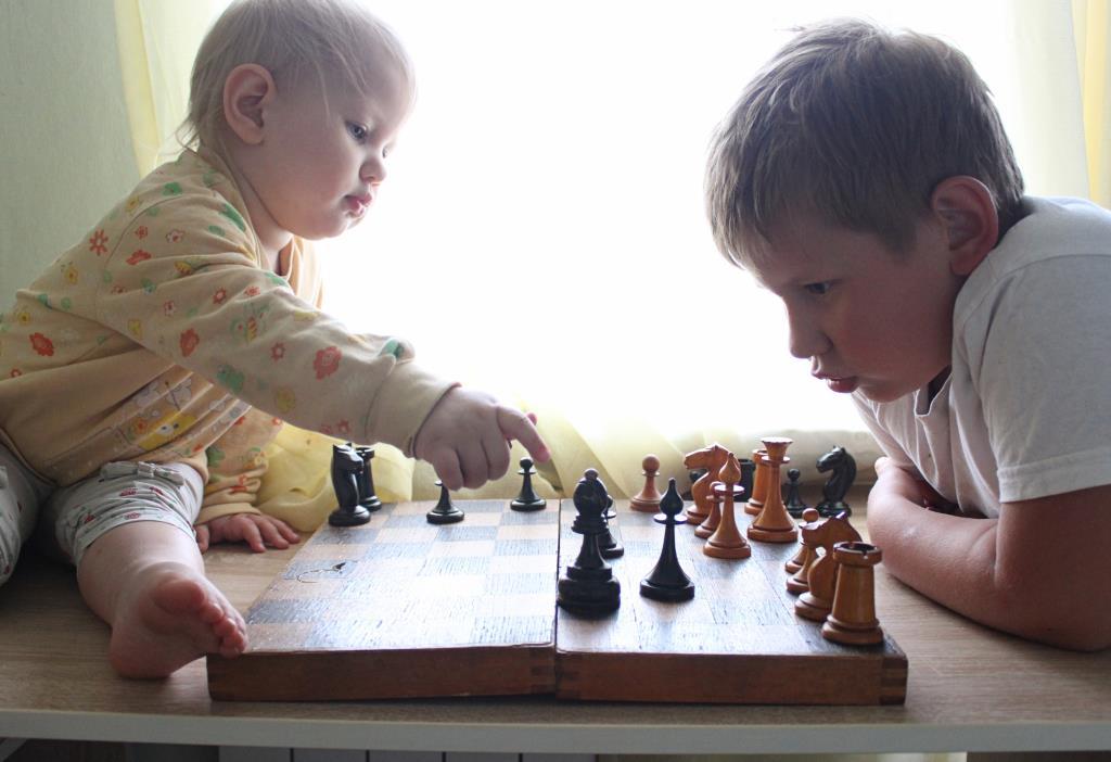 Когда проигрываешь девченке. Время играть!