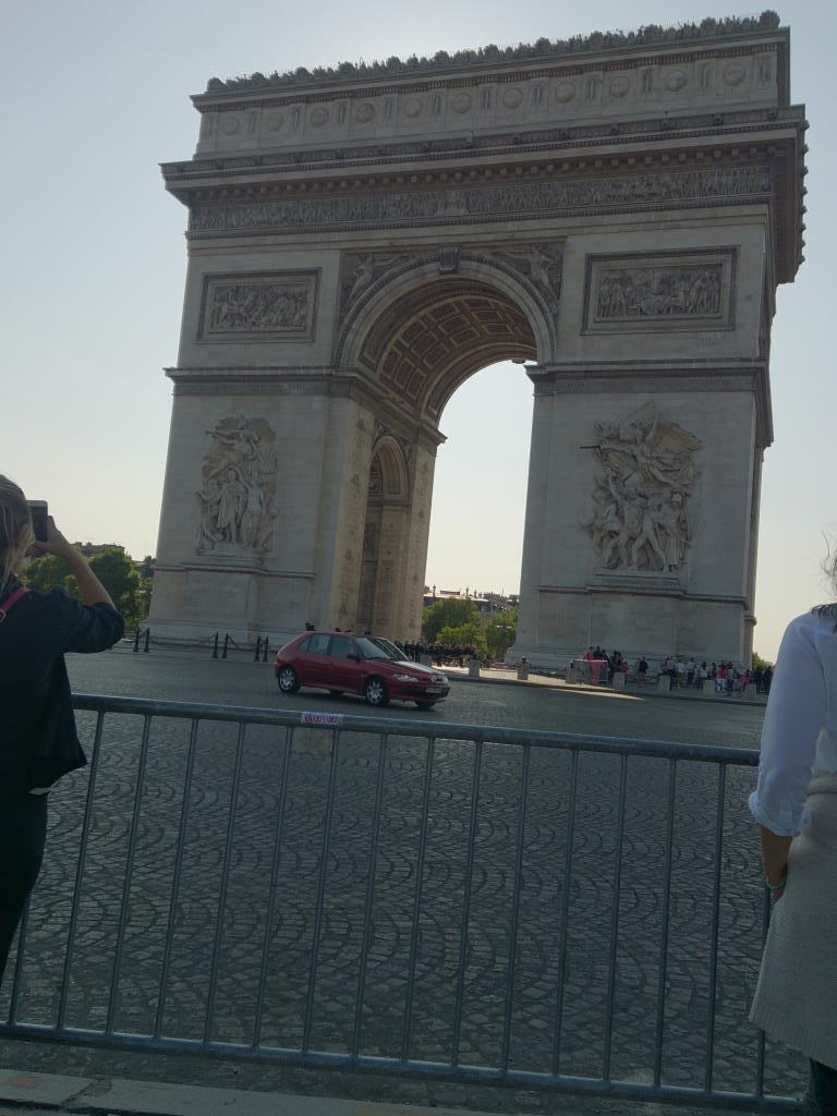 Триумфальная арка в Париже. Блиц: арки и ворота