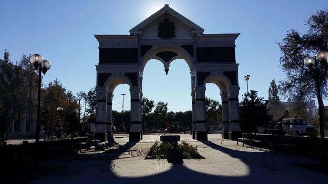 Триумфальная арка. Блиц: арки и ворота