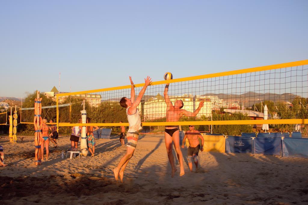 Волейбол Forever. Делай жизнь ярче вместе с DryDry