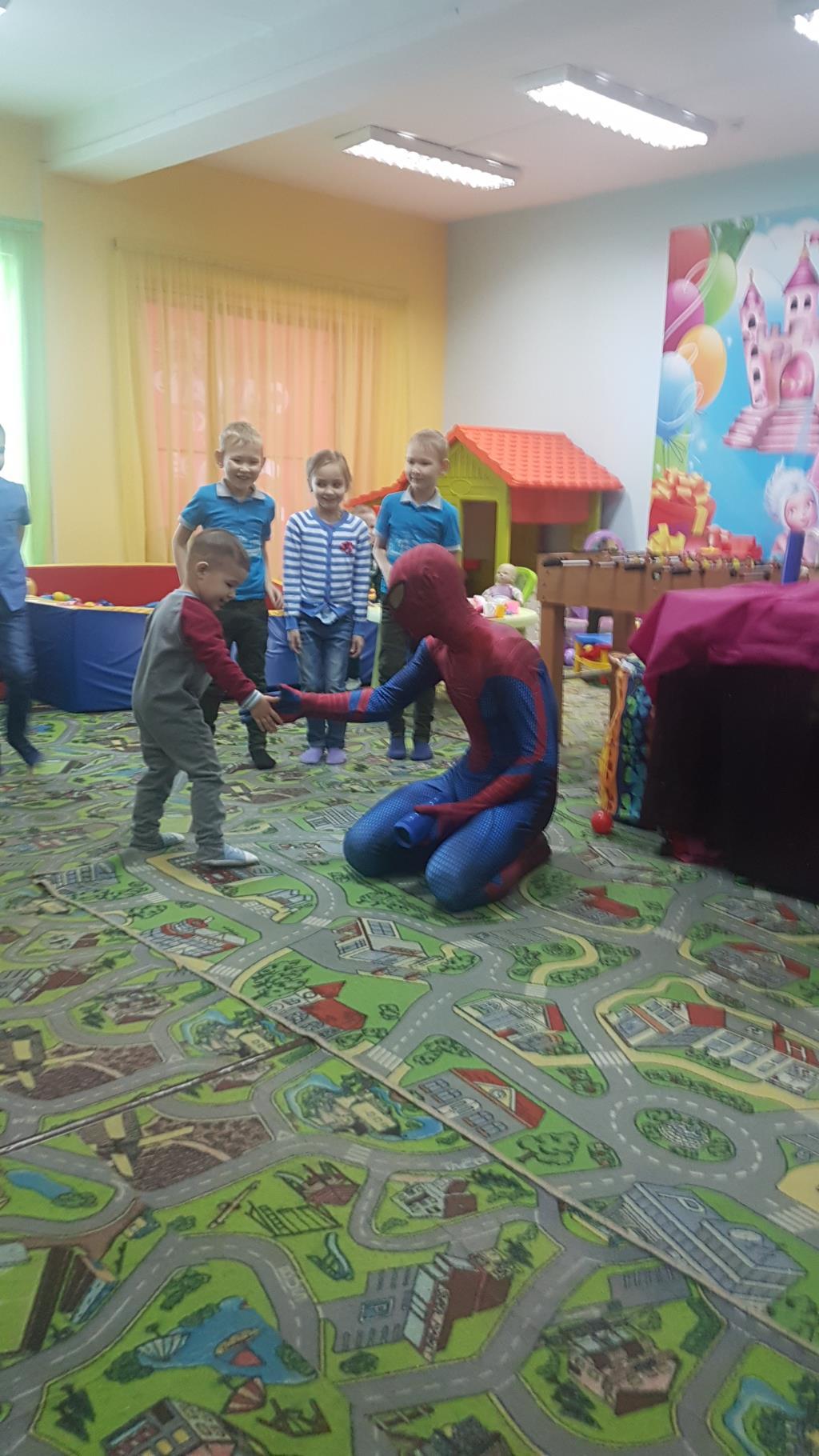 Встреча с любимым героем Человеком пауком. Мой супергерой