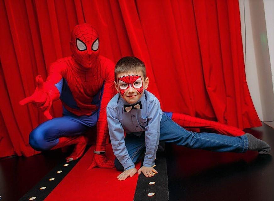 Два супер человека-паука. Мой супергерой