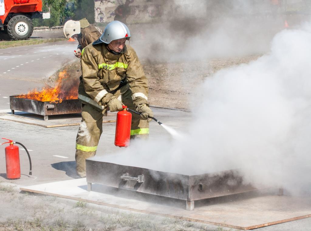 Быть пожарным - это кайф. Я люблю пожарный драйв.. Делай жизнь ярче вместе с DryDry