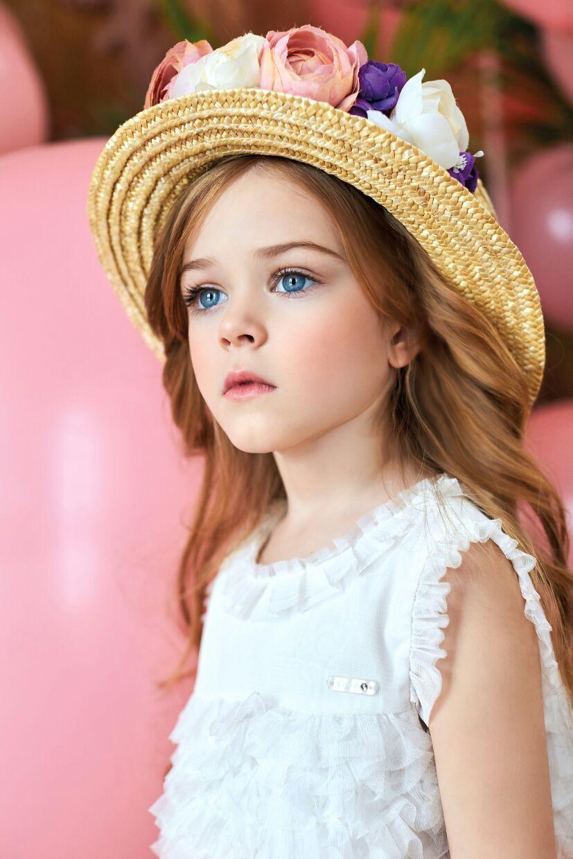 Шляпка. Яркий образ
