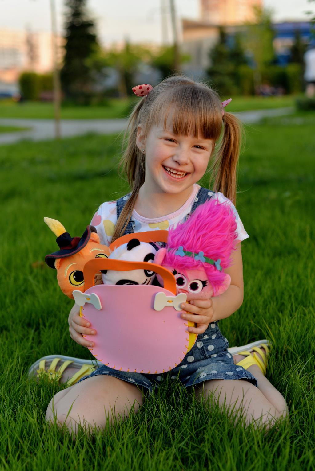 Любимая сумка, та в которую помещаются игрушки.. Все свое ношу с собой!