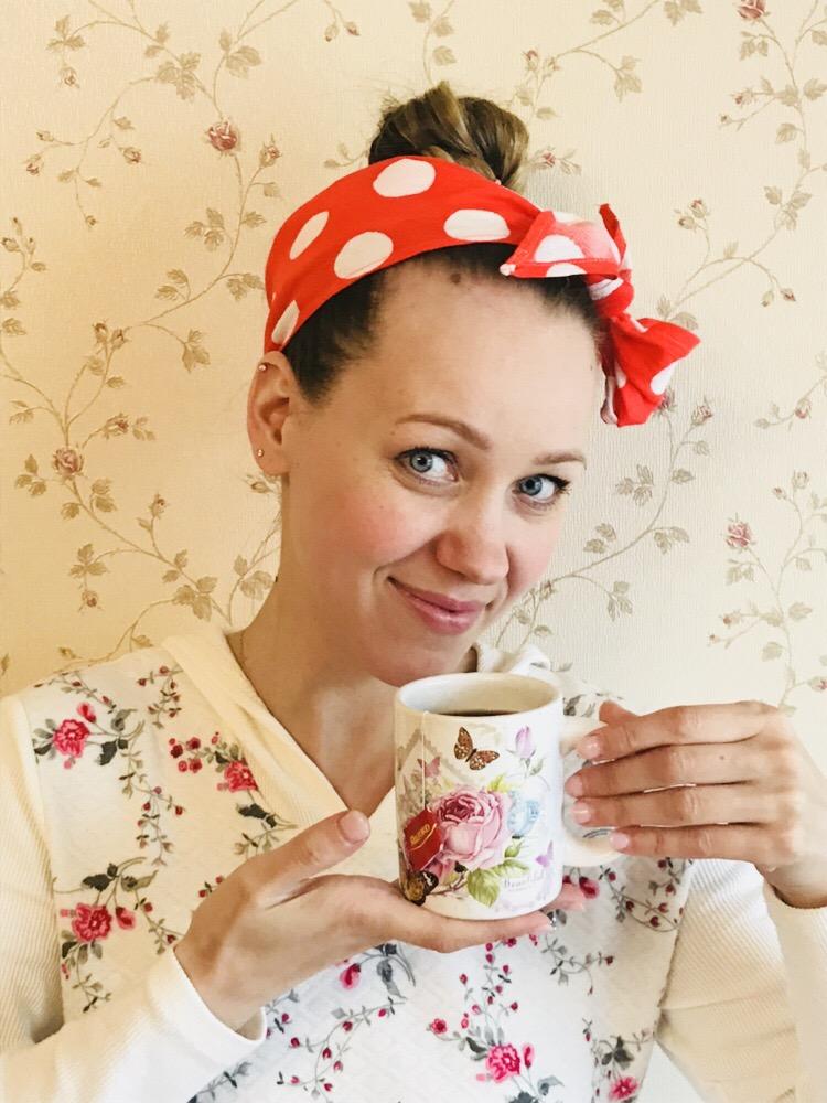 А может быть по чашечке чая?)). За чашкой чая