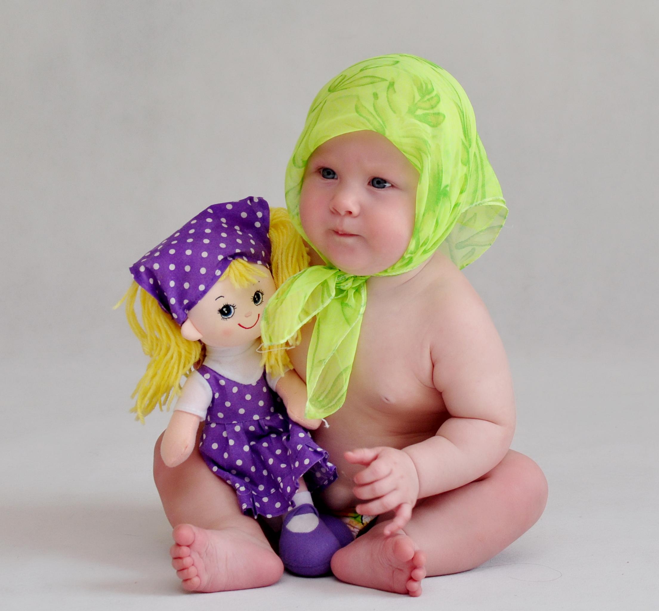 Первая кукла Алёнки. Мои первые книжки и игрушки
