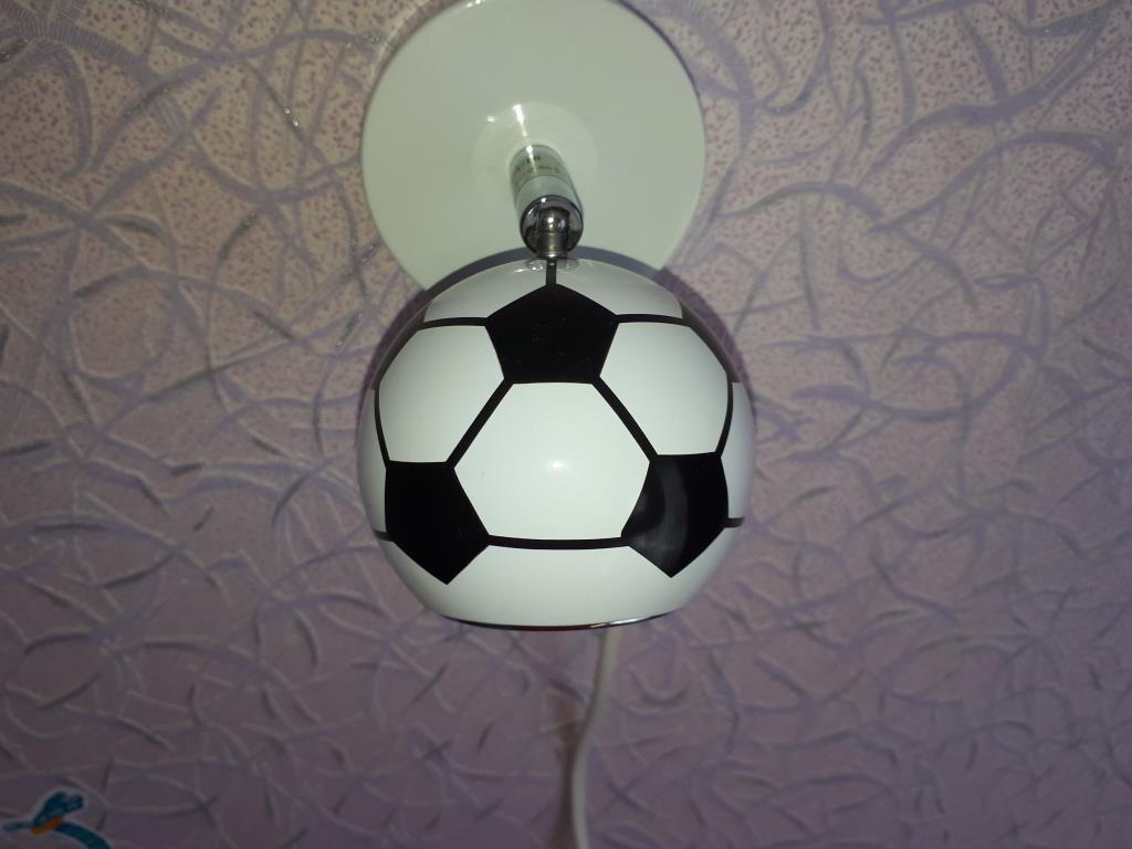 Футбольный светильник. Блиц: кругом футбол