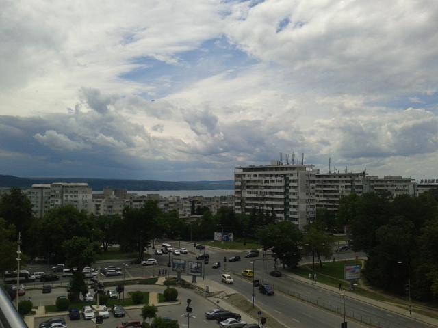 Болгария.г Варна .Красивое облачное небо . Блиц: небо в облаках