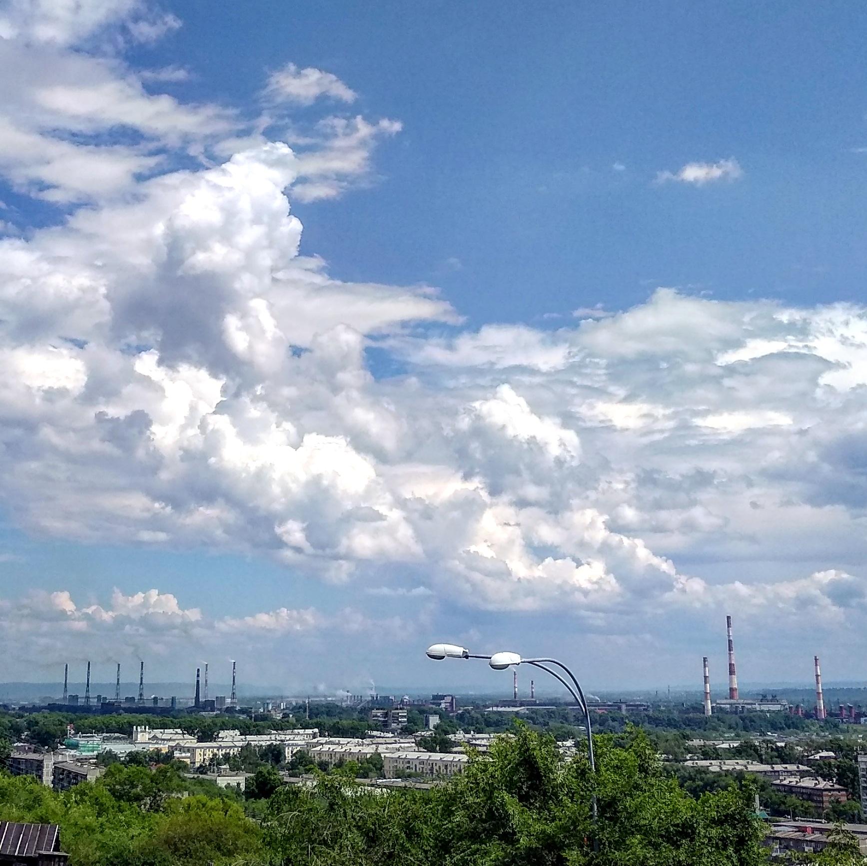 Дым и облака. Блиц: небо в облаках