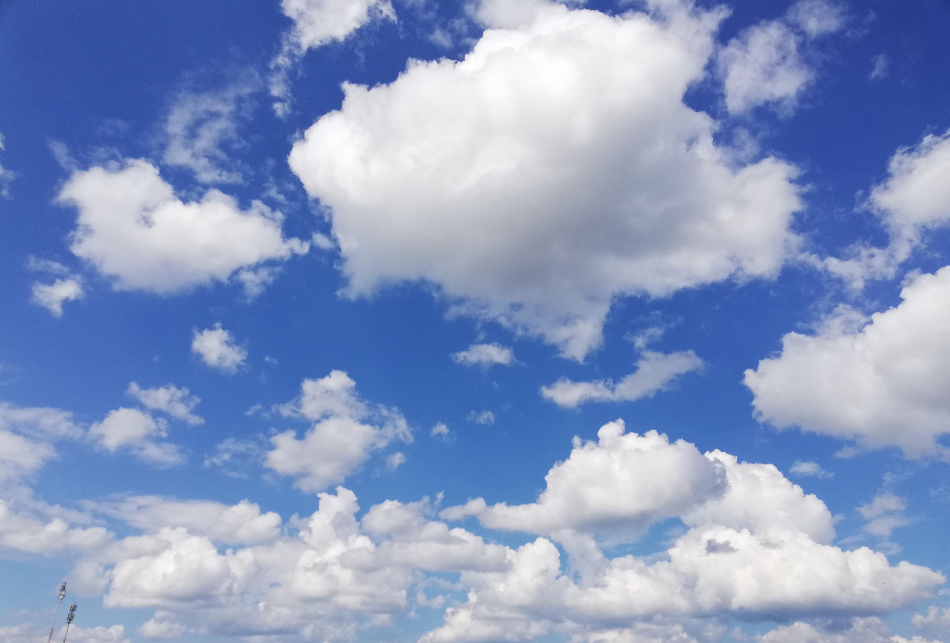 Сладкая вата. Блиц: небо в облаках