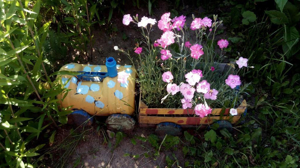 Цаеточный паровозик.. Блиц: летние цветы