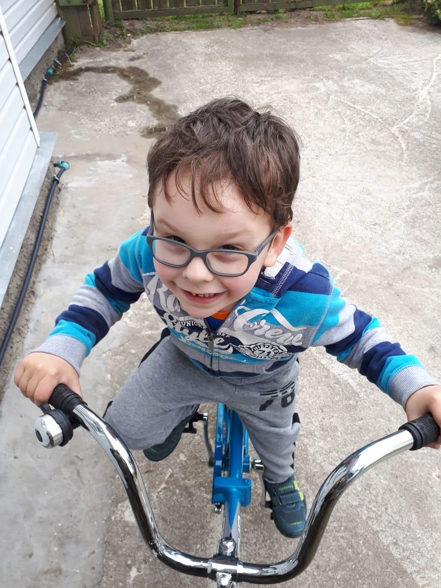 Научился на велосипеде ездить!. Наше лето