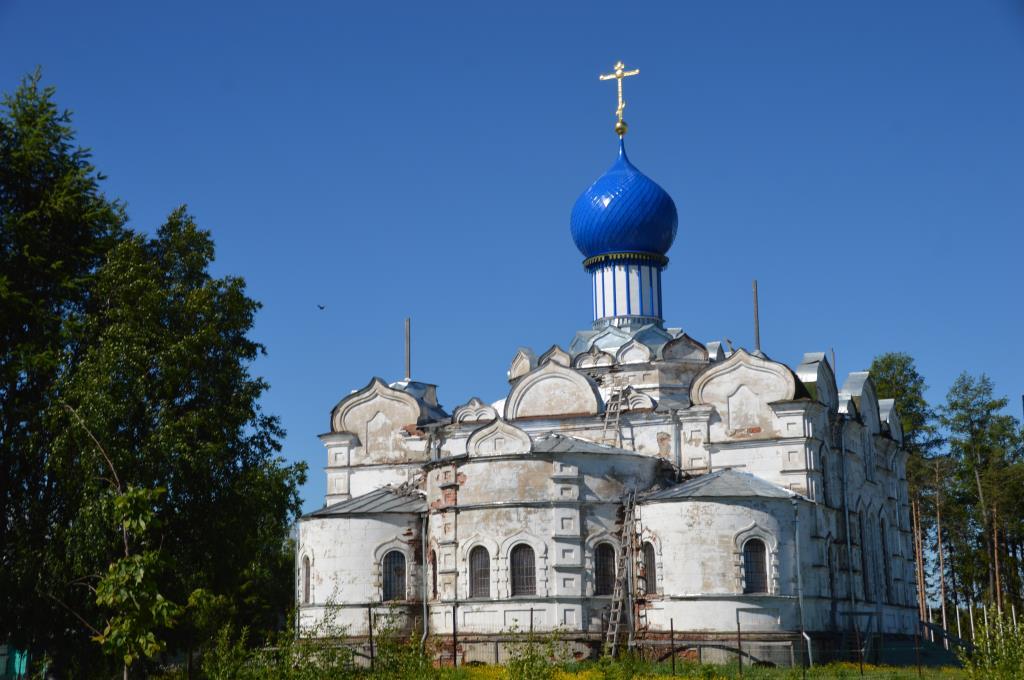 Успенский собор Сурского монастыря . Блиц: храмы