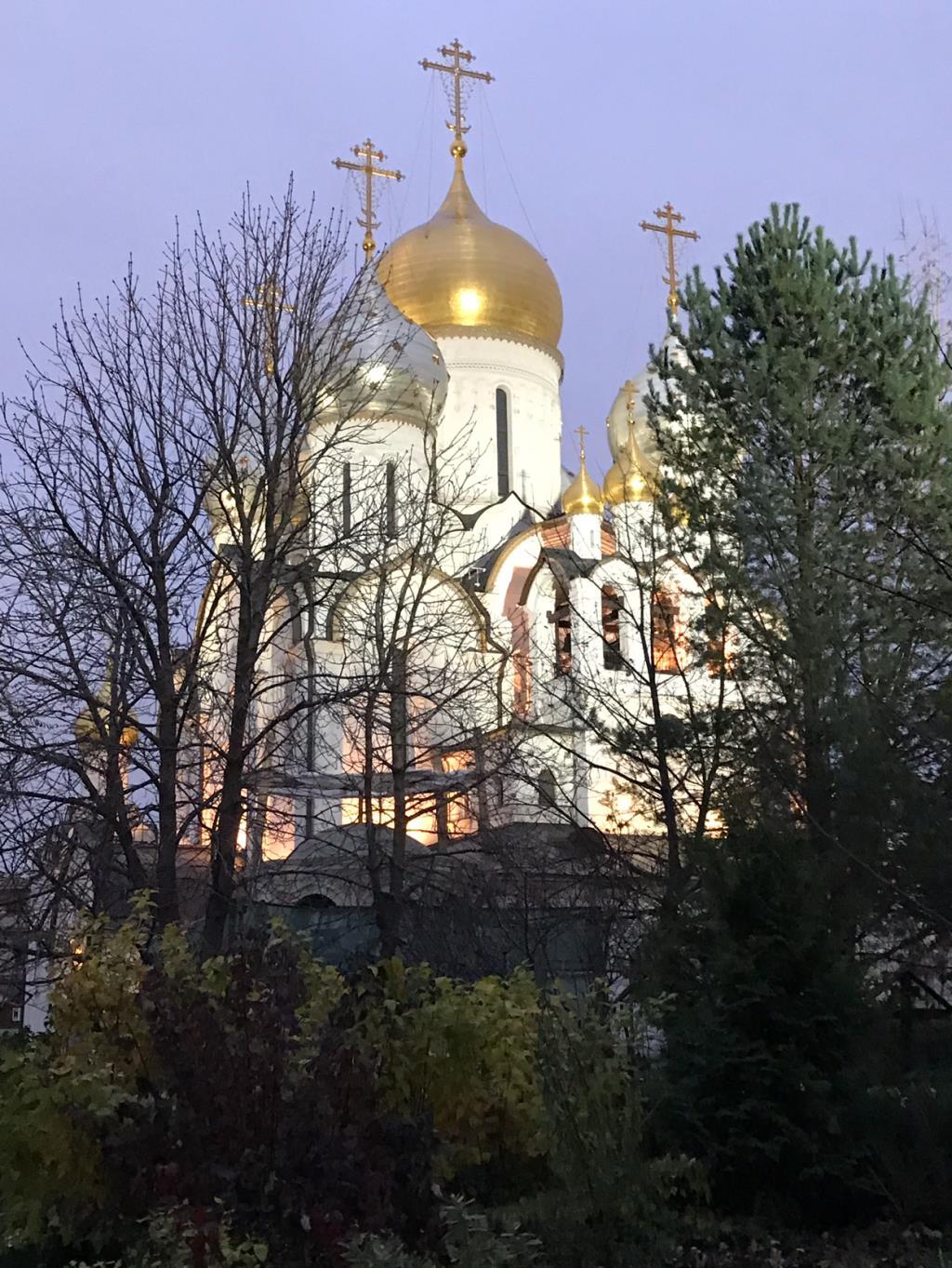 Храм в Зачатьевском монастыре. Блиц: храмы