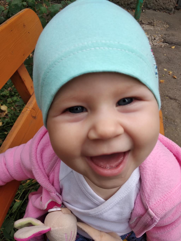 Дочка улыбнись! . Лапочка