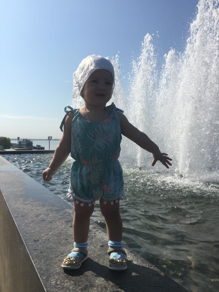 Первое лето в жизни маленькой принцессы Лизы. Лапочка