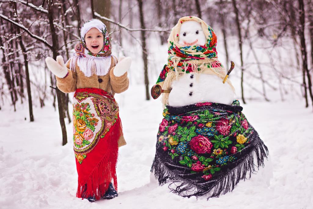 Веселые зимние забавы.... С рукотворной подругой . Веселая зима