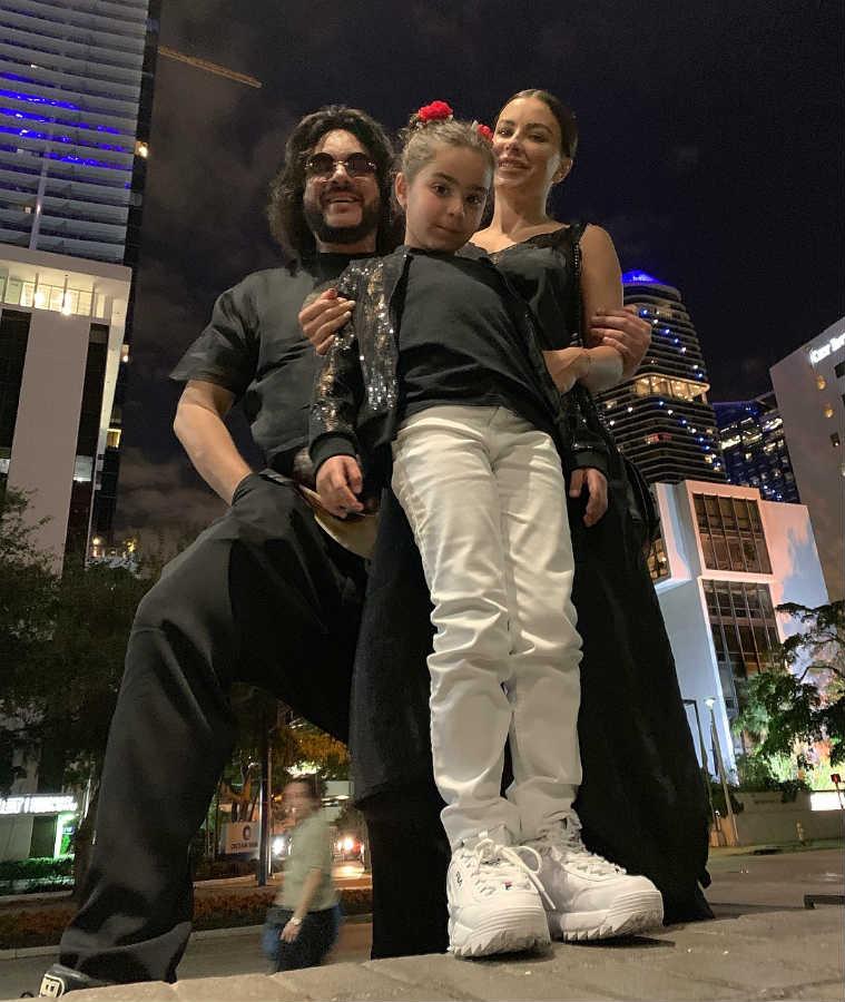Ани Лорак с дочерью и Филипп Киркоров