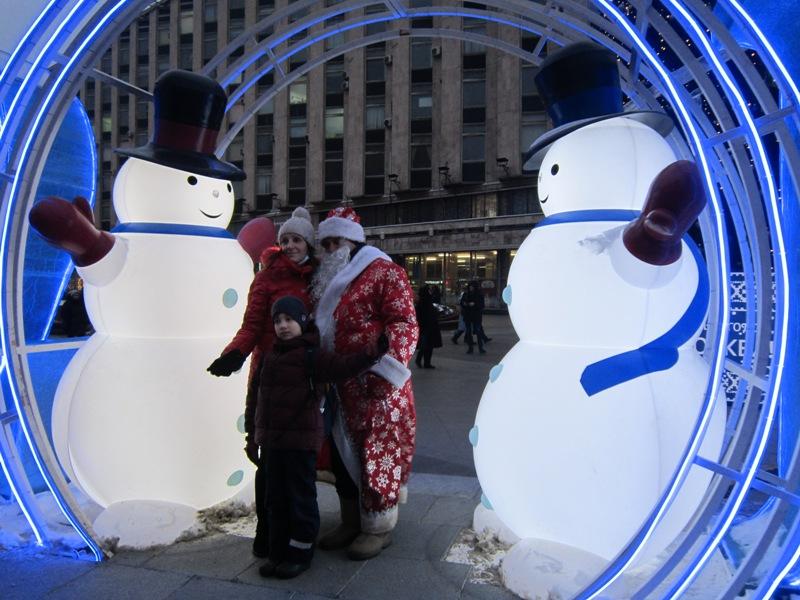 Дед Мороз под надёжной охраной. Новогодний праздник
