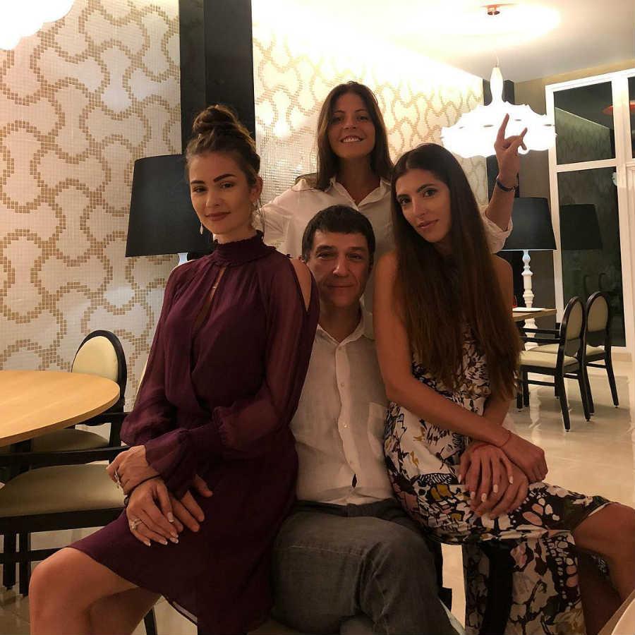 Дочери и муж Веры Глаголевой