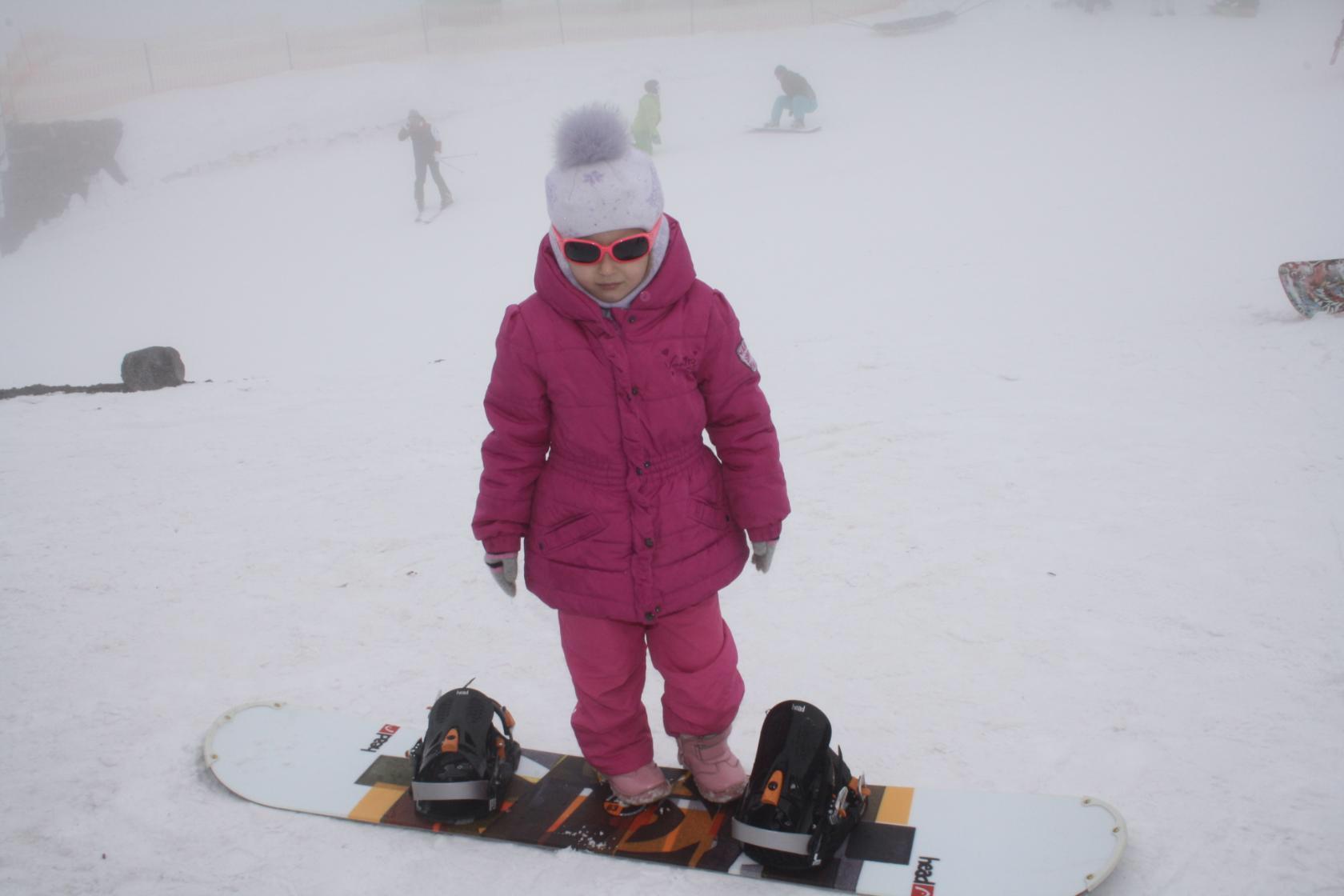 Приехать в Приэльбрусье, чтобы научиться кататься.. Веселая зима