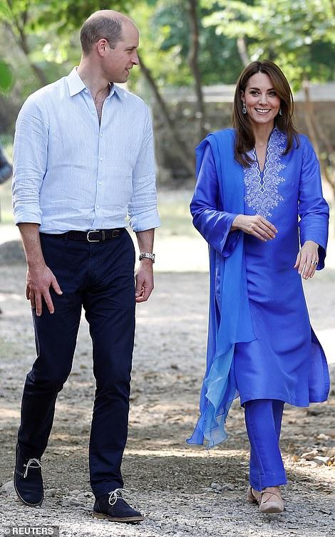 Принц Уильям Кейт Миддлтон в арабской одежде