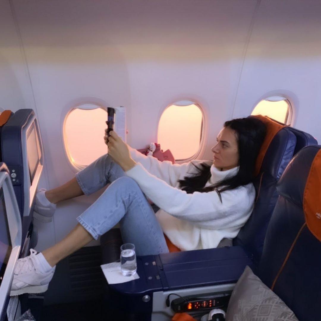 Елена Исинбаева самолет