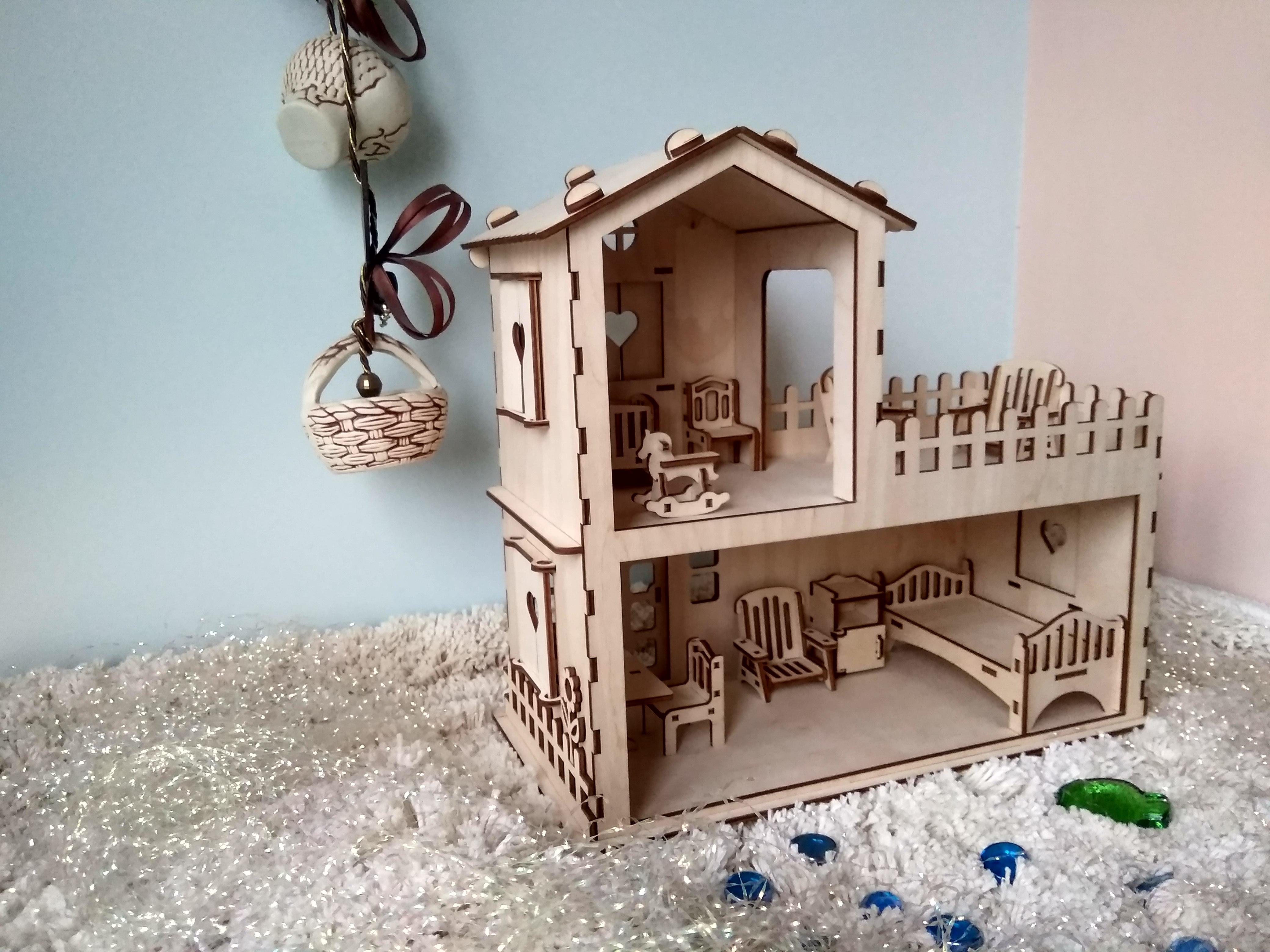 Кукольный домик. Блиц: из дерева
