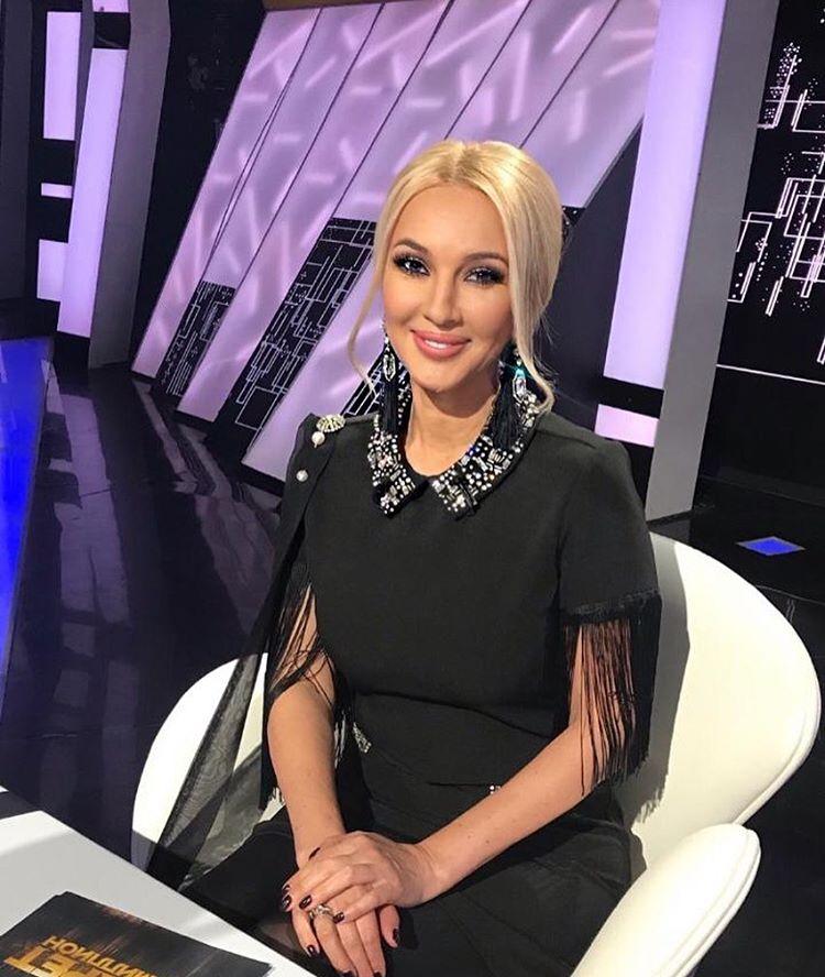 Лера Кудрявцева силиконовая грудь